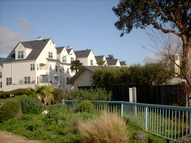 Rental Homes for Rent, ListingId:29511401, location: 200 West Cliff DR #8 Santa Cruz 95060