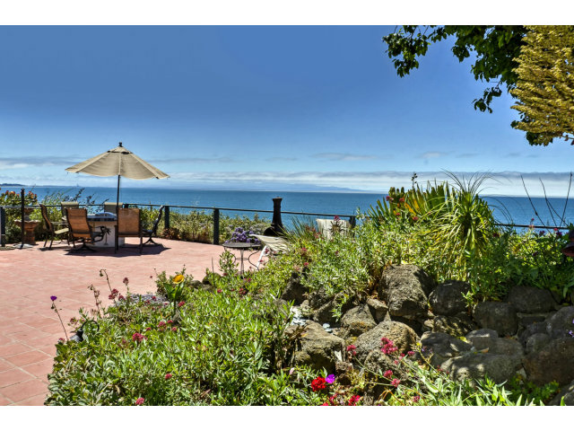Single Family Home for Sale, ListingId:28906388, location: 707 SEACLIFF DR Aptos 95003