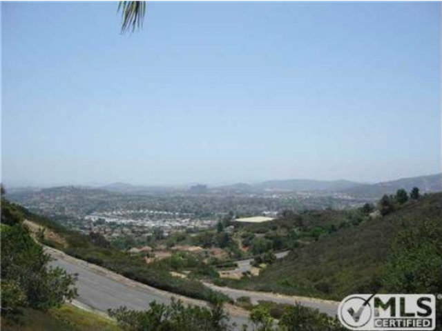 Rental Homes for Rent, ListingId:29394660, location: 2187 View Crest Glen Escondido 92026