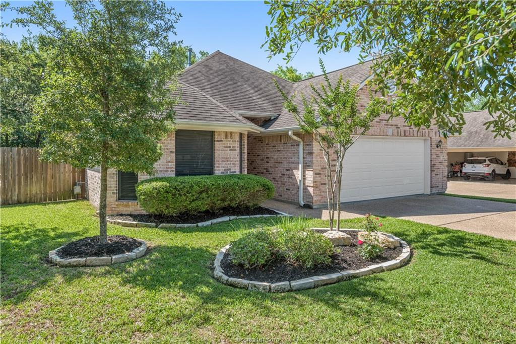 2364 Kendal Green Circle, College Station, Texas
