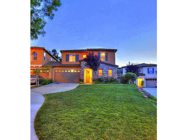 Single Family Home for Sale, ListingId:27857887, location: 1681 HERITAGE BAY PL #25 San Jose 95138