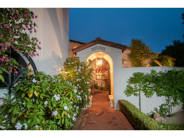 Single Family Home for Sale, ListingId:23071046, location: 230 SAN ANDREAS LN Watsonville 95076
