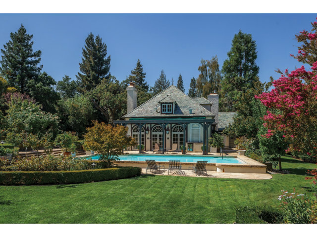 Single Family Home for Sale, ListingId:29713039, location: 335 WOODSIDE DR Redwood City 94062