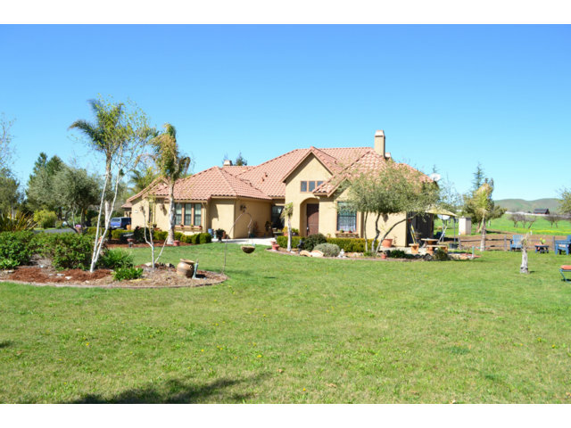 Single Family Home for Sale, ListingId:27062979, location: 1250 SPRING GROVE RD Hollister 95023