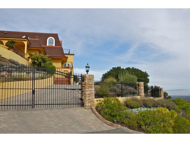 Real Estate for Sale, ListingId: 27924990, Los Altos Hills,CA94024