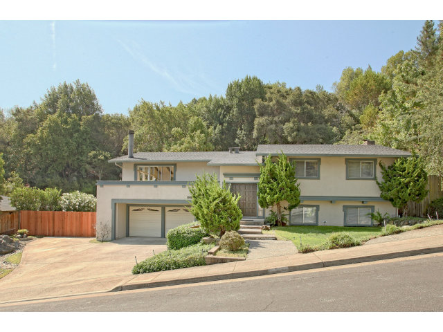 Single Family Home for Sale, ListingId:29458500, location: 3937 LONESOME PINE RD Redwood City 94061
