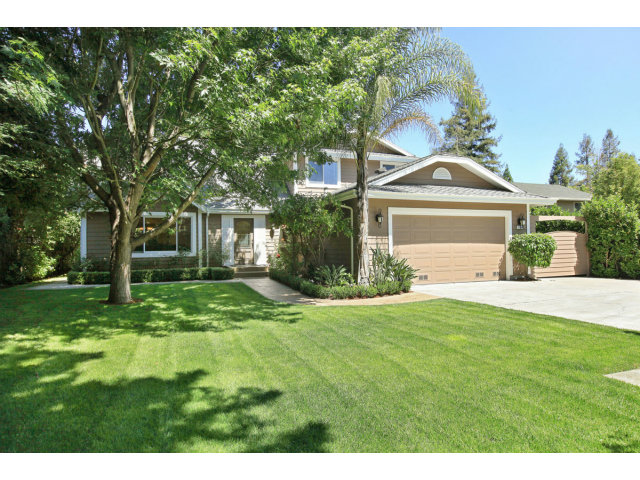 Single Family Home for Sale, ListingId:29221208, location: 1764 W SELBY LN Redwood City 94061