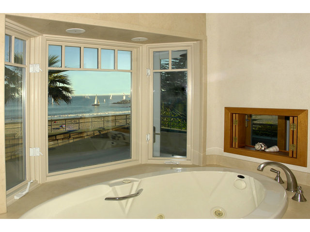 Single Family Home for Sale, ListingId:29588845, location: 2615 E CLIFF DR Santa Cruz 95062