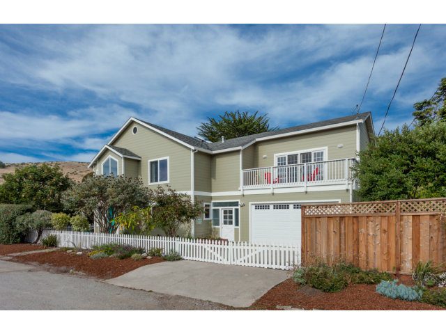 Single Family Home for Sale, ListingId:28801438, location: 207 REICHLING AV Pacifica 94044