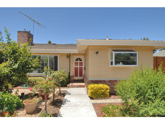 Rental Homes for Rent, ListingId:28694488, location: 1150 Kandle Way Redwood City 94061