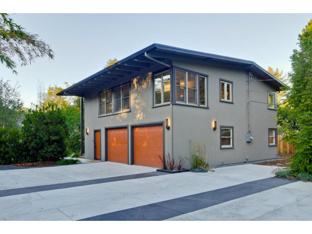 Rental Homes for Rent, ListingId:28906440, location: 1393 Woodland AV Menlo Park 94025
