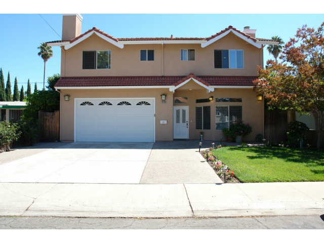 Single Family Home for Sale, ListingId:29712994, location: 10380 CALVERT DR Cupertino 95014