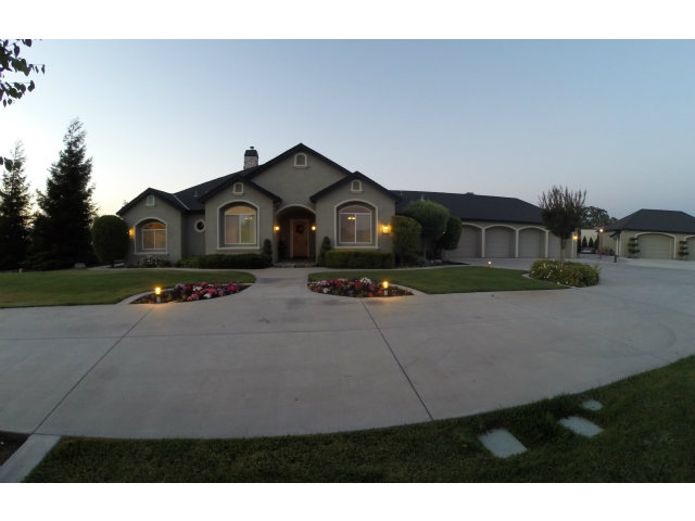 Single Family Home for Sale, ListingId:28143854, location: 660 FIVE OAKS CT Hollister 95023
