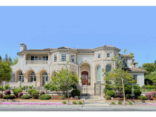 Single Family Home for Sale, ListingId:27757583, location: 5471 COUNTRY CLUB PY San Jose 95138