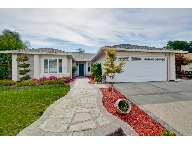 Single Family Home for Sale, ListingId:29475613, location: 3217 TERRA COTTA DR San Jose 95135