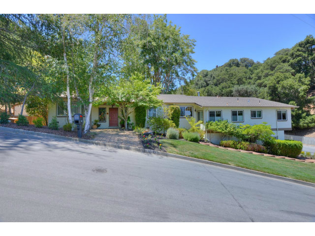 Single Family Home for Sale, ListingId:28676026, location: 11387 LINDY PL Cupertino 95014
