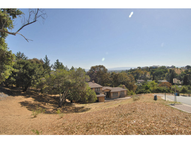 Land for Sale, ListingId:29022450, location: 65 PALOMAR OAKS LN Redwood City 94062