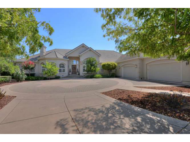 Single Family Home for Sale, ListingId:29438209, location: 10744 GREEN VALLEY DR Gilroy 95020