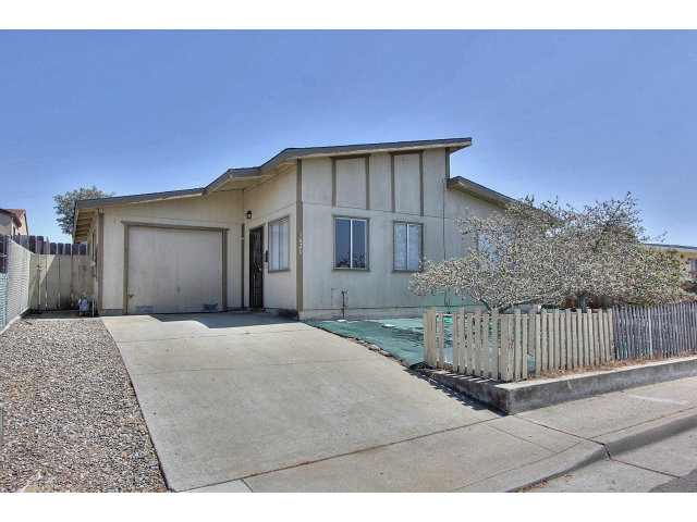 Single Family Home for Sale, ListingId:29525303, location: 1620 DARWIN ST Seaside 93955