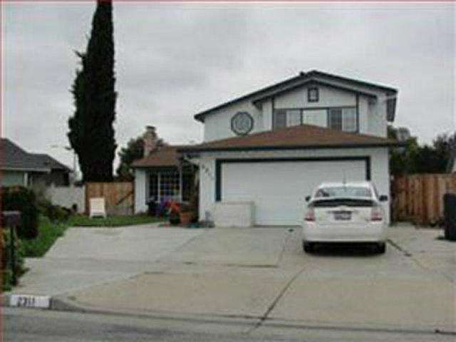 Single Family Home for Sale, ListingId:28372366, location: 2311 DARNELL CT San Jose 95133
