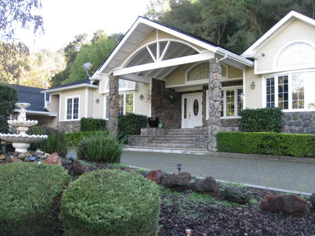 Rental Homes for Rent, ListingId:29606673, location: 13746 Pierce RD Saratoga 95070