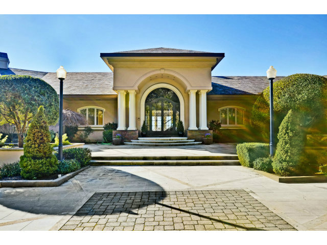 Single Family Home for Sale, ListingId:23788465, location: 725 MOCKINGBIRD RIDGE RD La Selva Beach 95076