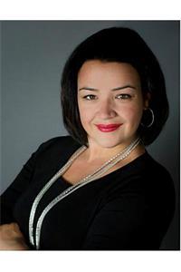 Alessandra Alvarez